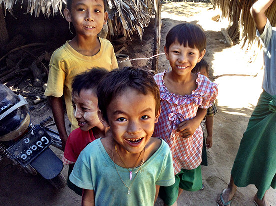Children-of-Myanmar-15.jpg