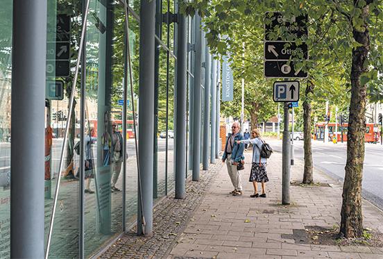 6.KGS install_Pedestrian_1_9840_Edit.jpg